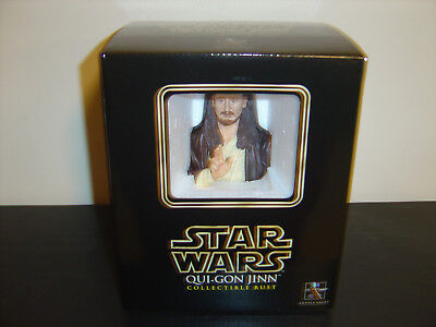 Gentle Giant Star Wars Qui-Gon Jinn Collectible Mini Bust