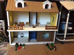1970s handmade dolls house with original furniture Suffolk Park Byron Area Preview