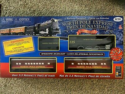 EzTec North Pole Express Christmas Train Set Battery Operated Classic Toy Holida