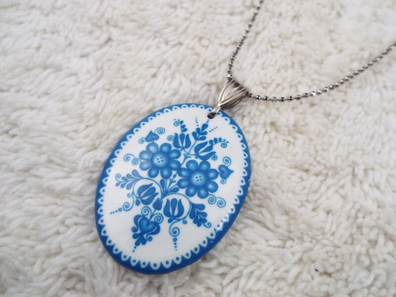 COOKIE LEE Silvertone Blue & White Flower Pendant Necklace (D68)