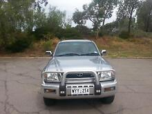 Toyota Hilux sr5 Dual Cab ute Moonta Bay Copper Coast Preview