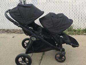 Black Double City Select Stroller