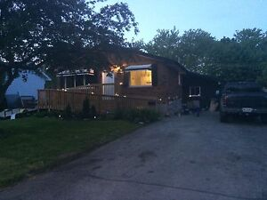 Bungalow in northward Lindsay for sale by owners