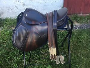 """16 All Purpose Saddle package"