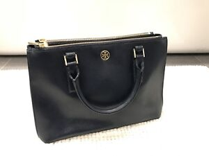 Authentic Tory Burch Robinson Tote in Navy