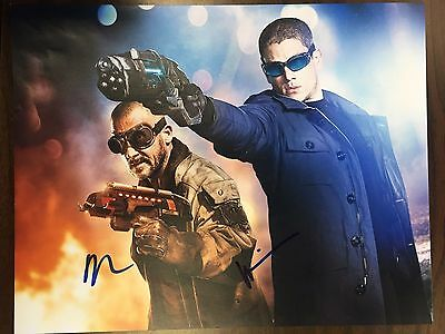 Flash Wentworth Miller Dominic Purcell Dual Autographed Signed 11X14 Photo Coa