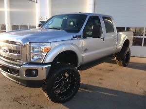 2011 Ford F350 Lariat Diesel 6inch Fabtech lift