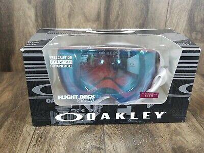 Oakley Flight Deck Snow Goggles Factory Pilot Whiteout Prizm Sapphire Iridium