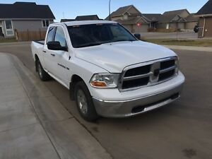 2012 Dodge Ram 1500 **PRICED TO SELL**