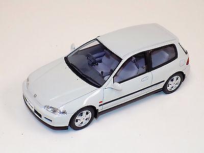 1/18 Otto Mobile GT Spirit Honda Civic SiR II Frost White Limited 2000 OT229 UVI