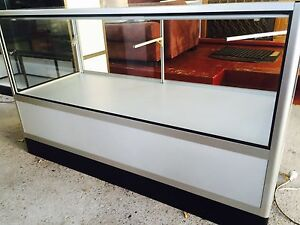 GLASS DISPLAY UNIT / CABINET WITH LIGHT Liverpool Liverpool Area Preview