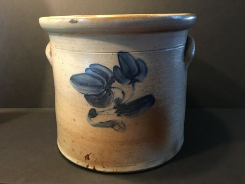 Antique Fine New Jersey 3 gallon Stoneware Crock, 19th century, 10""