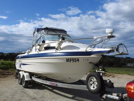 2009 Haines Hunter 650 CLASSIC OFFSHORE