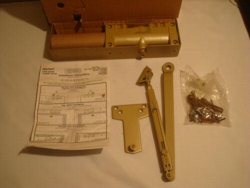 NORTON 7500 DOOR CLOSURE, GOLD, NEW IN BOX