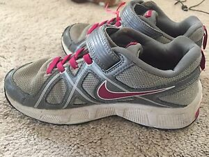 Nike shoes size 2