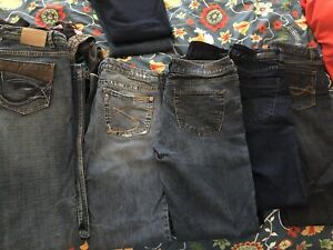 Womens Size 9/10 Jeans