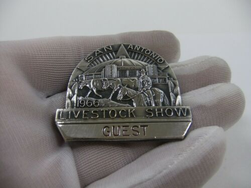 Vintage 1966 San Antonio Livestock Show & Rodeo Pin Badge Texas Rodeo