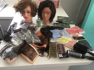 Hairdressing kit salon hair training $150 Elaine Moorabool Area Preview