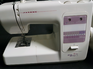 Jenome Sewing machine Varsity Lakes Gold Coast South Preview