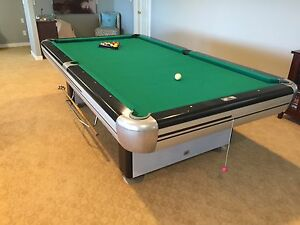 Dufferin 5x9 slate pool table with accessories