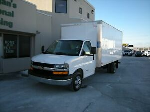 2017 Chevrolet Express Cube Van 4500 SERIES 16' CUBE VAN WITH RE