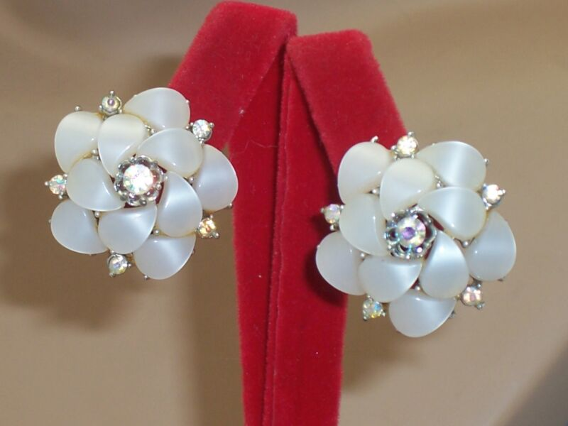 Vintage Pearl White Thermoset Lucite Tear Drop Petal AB Rhinestone Clip Earrings