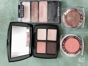 Eyeshadow palette collections
