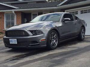 2013 Mustang V6 premium package