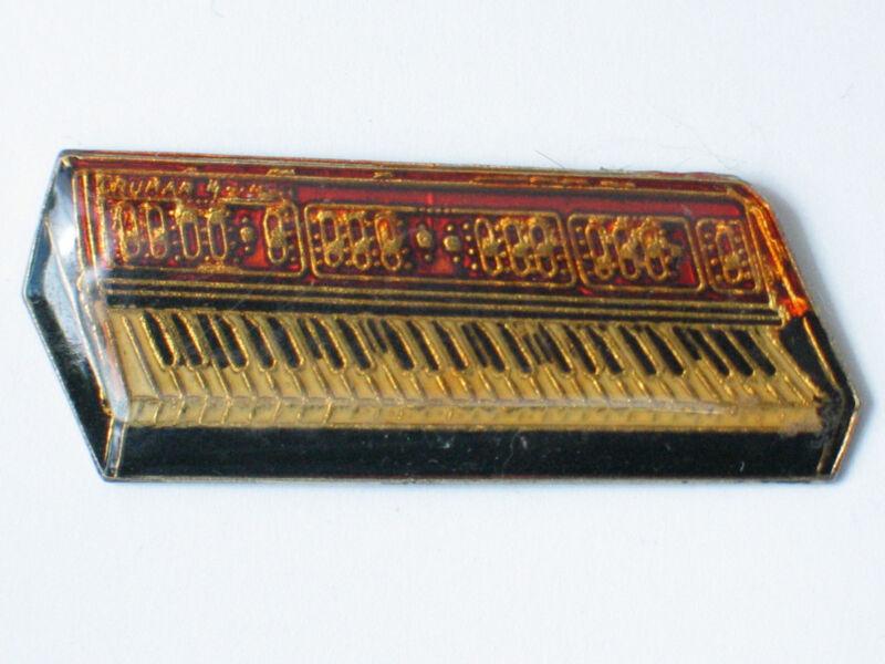 Crunar Keyboard Lapel Pin Rose  (lg)