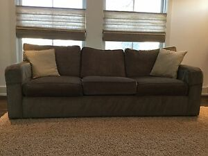 Buy Or Sell A Couch Or Futon In Calgary Furniture