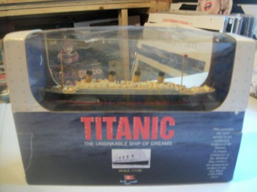 TITANIC ---VERY RARE -1998 CLAYTOWN COLLECTION DIECAST SCALE 1/1136-SHIP-SEALED