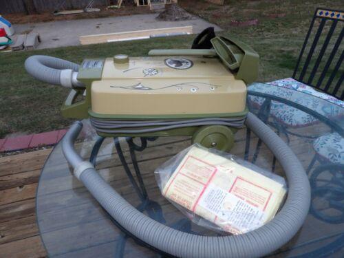 Vintage Shetland Lewty Vacuum Workd!