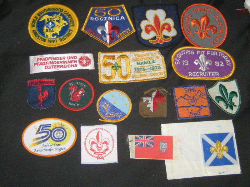 17 Worldwide Boy Scout Patches      c30