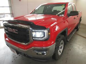 2017 GMC Sierra 1500 4x4! TRAILER HITCH! ONLY 18K! SAVE!