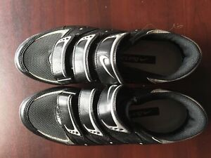 Cycling shoes size 40