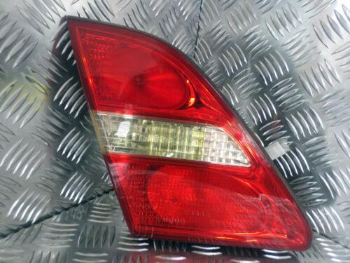 2002 LEXUS LS430 N/S PASSENGER SIDE REAR INNER TAIL LIGHT WITH BULB HOLDER
