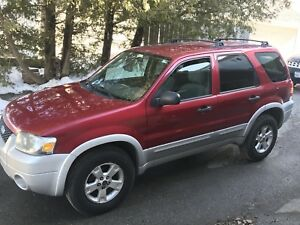 2008. Ford Escape XLT