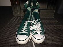 MENS GENUINE CONVERSE CHUCK TAYLOR'S SIZE 9! Nerang Gold Coast West Preview