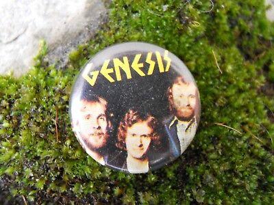 Occasion, Badge Genesis groupe musique   d'occasion  Expédié en Belgium