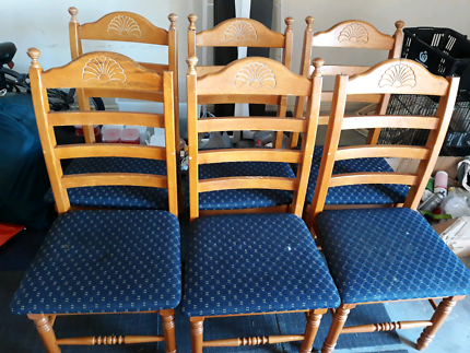 6 x wooden dining chairs