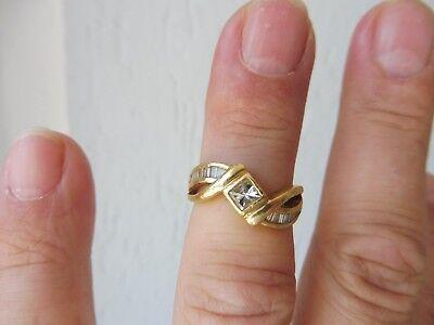 Edler ,hochwertiger Ring__750 Gold__mit schönem Diamantbesatz__