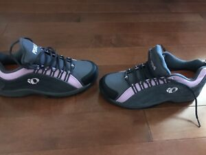 Women's cycling shoes