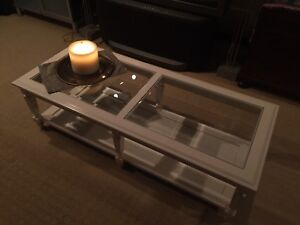 Glass Table Incredible condition