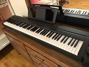 Digital Yamaha Piano P-35 Burleigh Waters Gold Coast South Preview