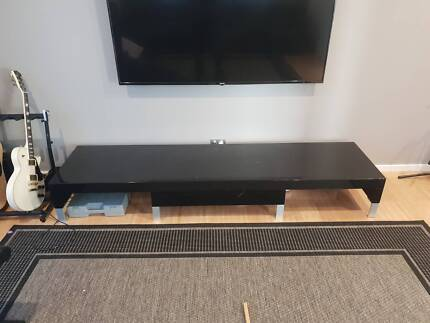 Large Black Gloss Tv Cabinet