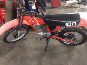 81 Honda 100