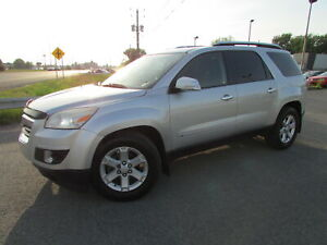 2009 Saturn OUTLOOK AWD XE 7 PASSAGERS TOIT PANO!!!