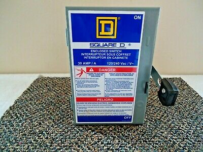 Square D 30 Amp Enclosed Switch Box 120240 Great Item