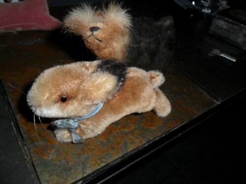 "2 LOT VINTAGE STEIFF RABBIT RUNNING MOHAIR EAR BUTTON  5"" & DOG   (CALJEFF)"