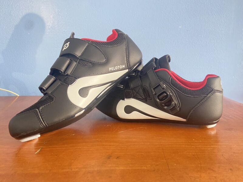 Peloton Unisex Cycling Shoes Size 38 w/o Cleats Women Size 7 Free Shipping!